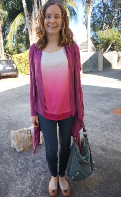 Colourful SAHM skinny jeans outfit pink ombre tank purple cardi blue bag