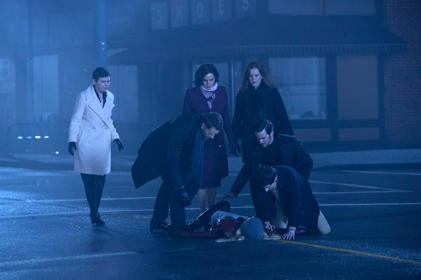Emma se sacrifica en Storybrooke para ganar la batalla final en Once Upon a Time