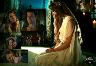 """Anastasia spune: """"Tu? Tu?"""" Ahmet o privește cu gingășie și zâmbește."""