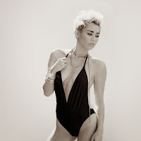 miley cyrus hot blanco y negro