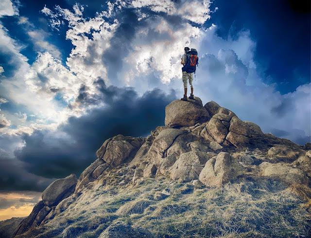 Trekking, walking