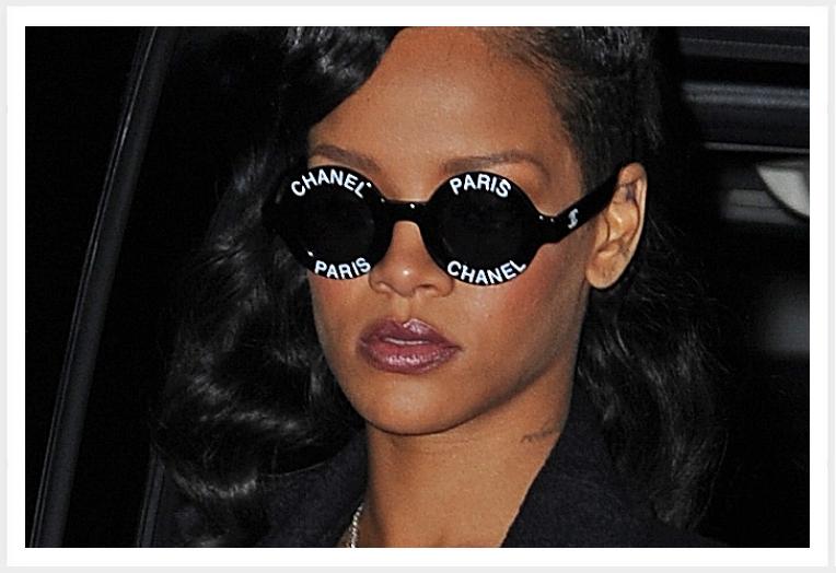 e31946f4519d5 Rihanna aime beaucoup Chanel et nous le prouve assez souvent en portant les  it-bag Chanel