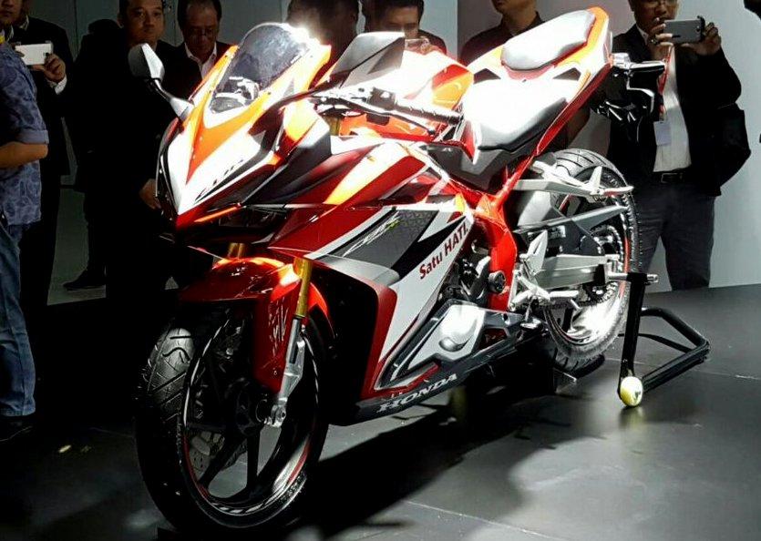 Kehadiran All New Honda CBR 250RR membawa standar baru di segment motor sport fairing 250cc 2 silinder ?