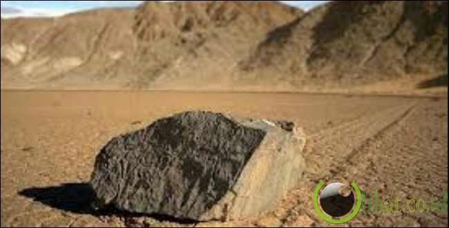 California, AS: Batu yang bisa berpindah sendiri