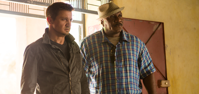 Jeremy Renner și Ving Rhames în Mission: Impossible Rogue Nation