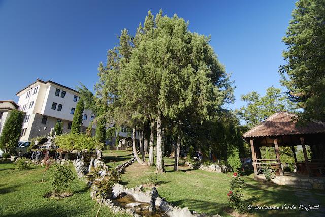 Jardines de Sveti Naum - Macedonia por El Guisante Verde Project