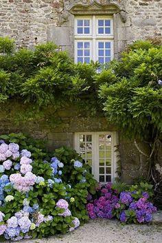 Arredamento provenzale giardino provenzale for Immagini arredamento provenzale