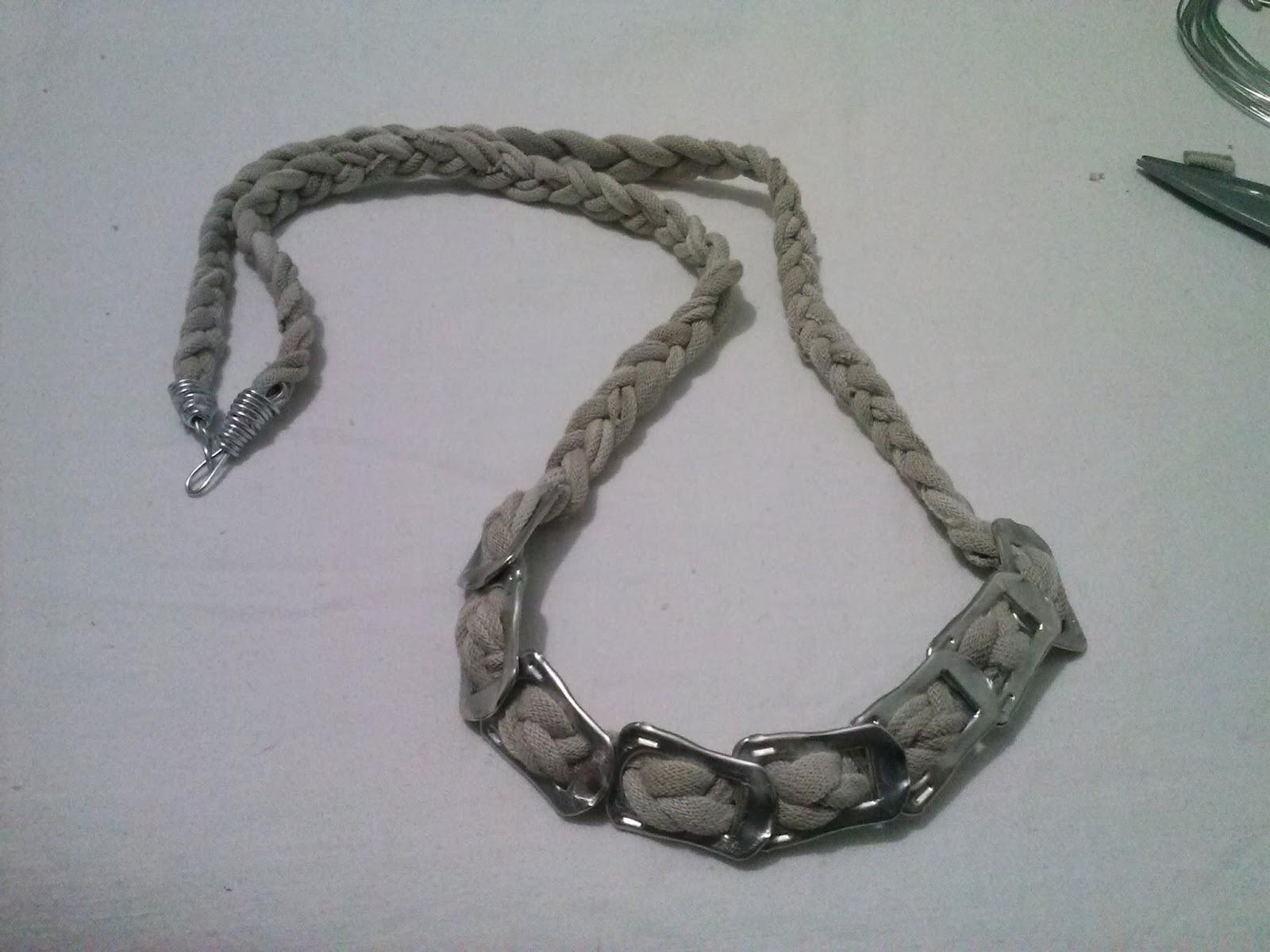 Colgante de trapillo y anillas
