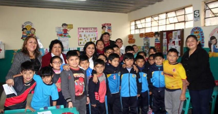 MINEDU: Ministra Flor Pablo tuvo emotivo reencuentro con sus maestras de primaria - www.minedu.gob.pe