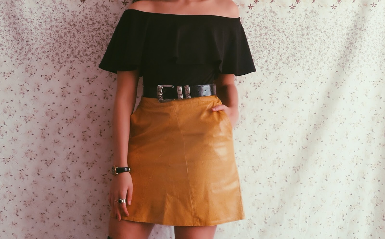 yellow skirt style british fashion blogger @ hayleyeszti