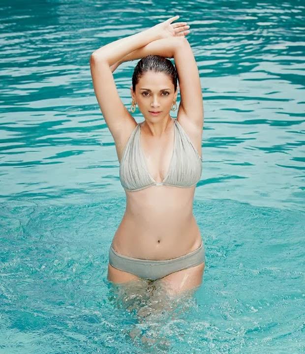 Aditi Rao Hydari Hottest Bikini Photos