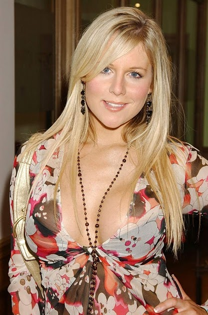 Abigail Titmuss Nude Photos 6