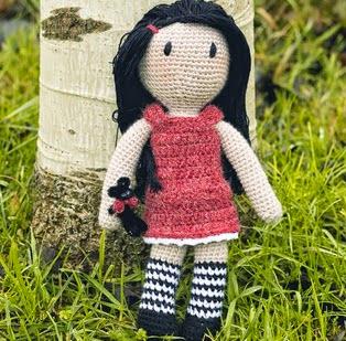 http://armiarma-crochet.blogspot.com.es/2015/01/mi-gorjuss.html