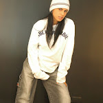 Andrea Rincon, Selena Spice Galeria 19: Buso Blanco y Jean Negro, Estilo Rapero Foto 22
