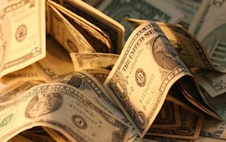 تراجع سعر الدولار اليوم الاحد 1-1-2017 أسعار الدولار في البنك الاهلي اليوم الاحد 1 يناير 2017 امام الجنيه المصري