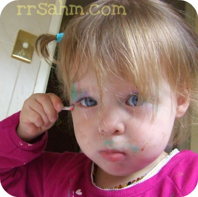 Little Kids Wearing Make Up…