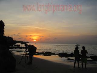tempat wisata pantai Tegal Wangi