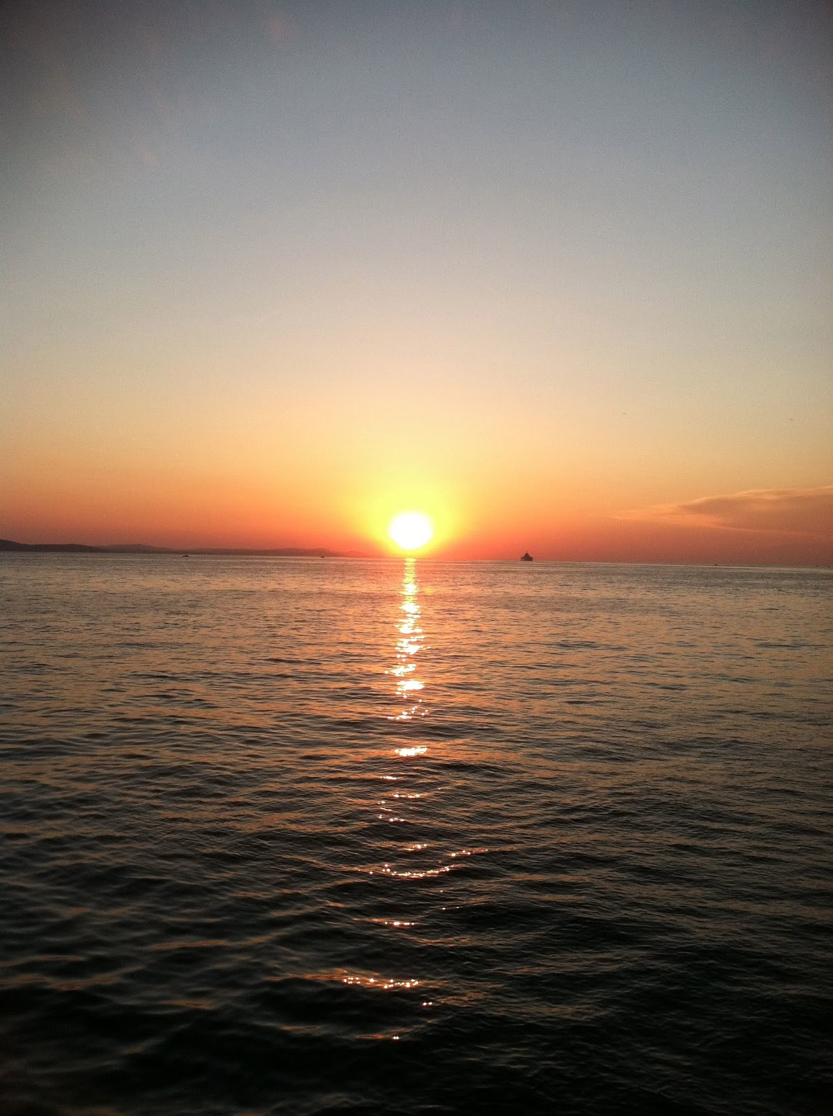 """STUD(y) Abroad 2: """"The most beautiful sunset in the world ..."""
