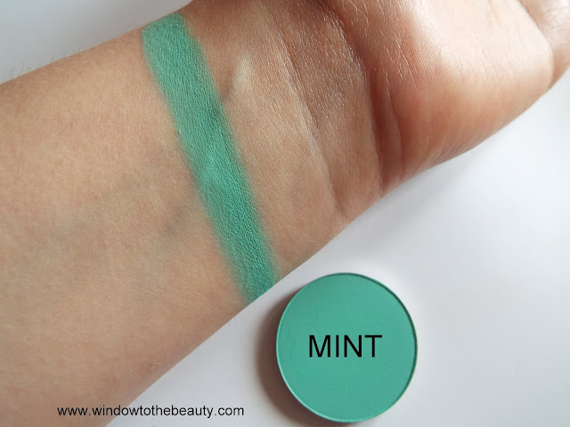 Melkior matte eyeshadow Mint Swatches