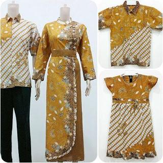 Gamis batik untuk pasangan keluarga