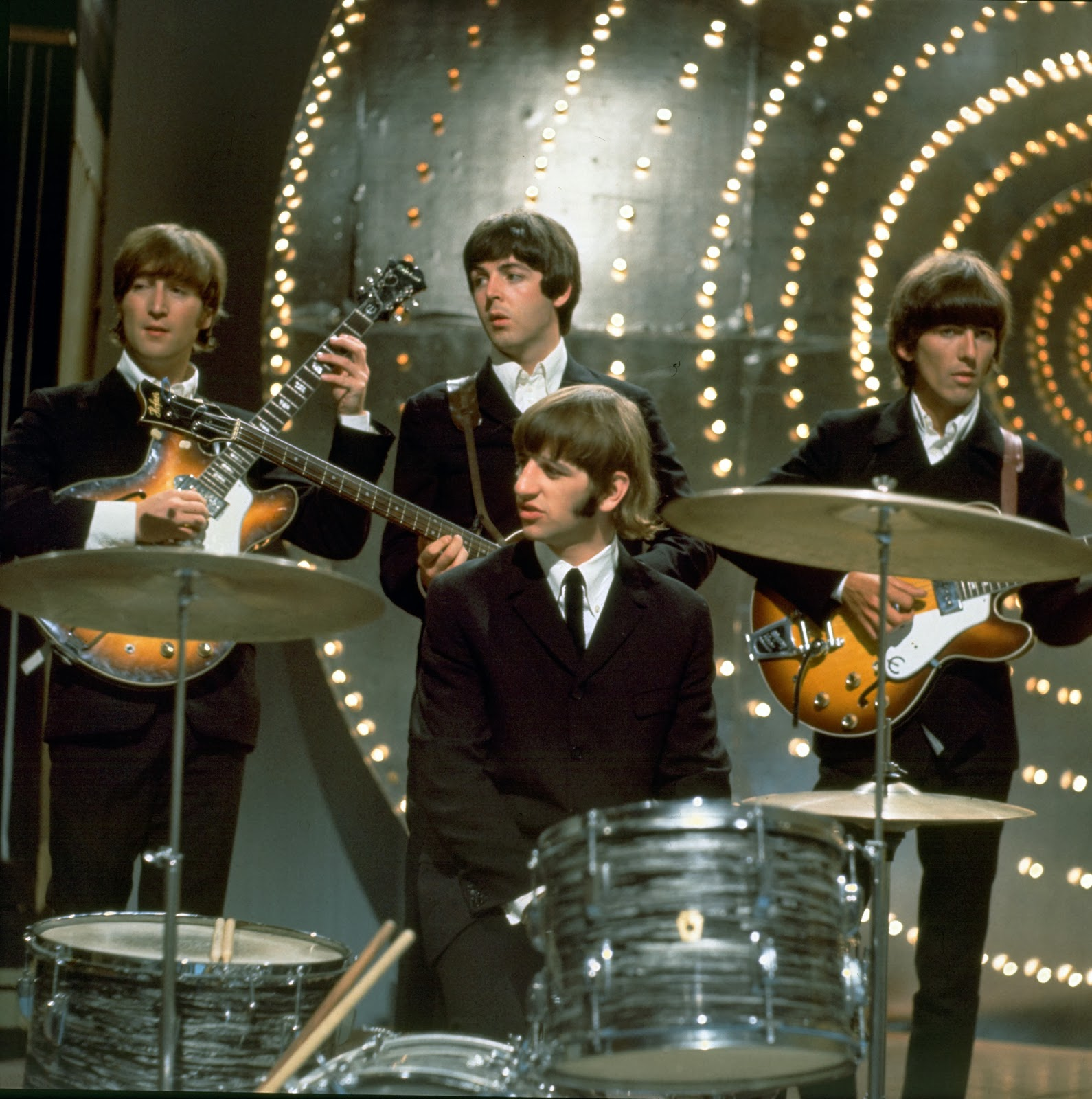 the daily beatle words of love music video. Black Bedroom Furniture Sets. Home Design Ideas
