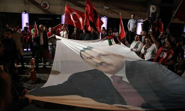 Στον Ερντογάν… αρέσει να τον αποκαλούν «δικτάτορα»