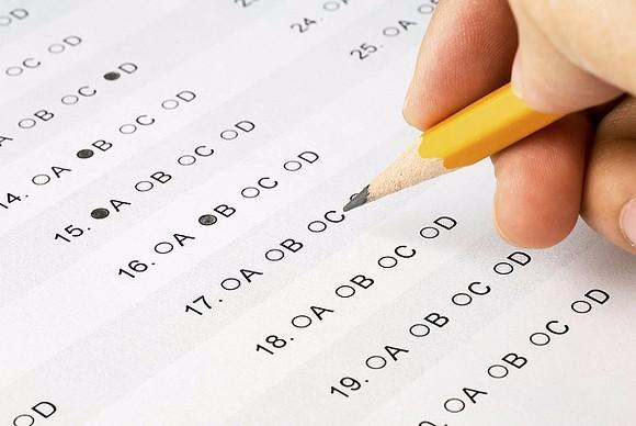 ingin menunjukkan warta mengenai Soal siap Ujian Nasional Baik berupa Ujian Nasional B Soal Latihan UN (UNBK-UNKP) SMP/MTs Mapel Matematika Tahun 2018