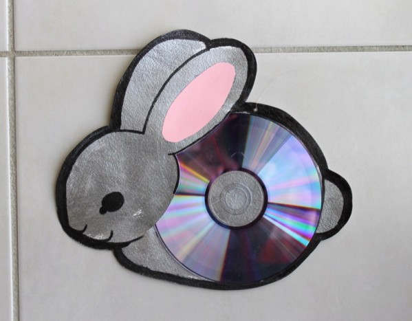 beautiful bunny wall hanging out of waste cd, best out of waste cds