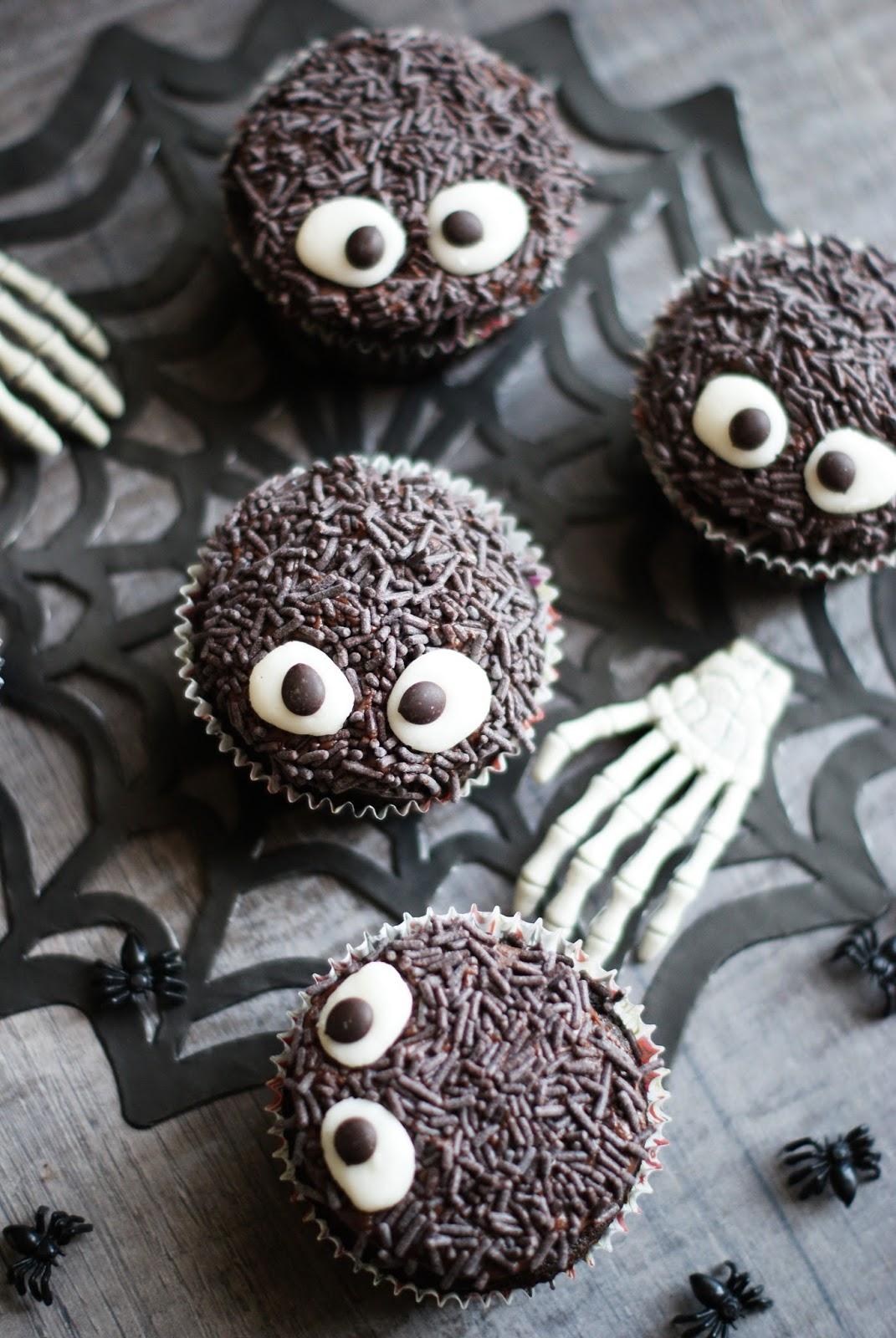 Totally Veg!: Vegane Halloween-Cupcakes mit Glubschaugen