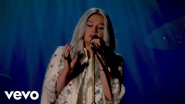 "Kesha Performs ""Praying"" For Youtube"