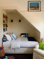 Habitación debajo escalera