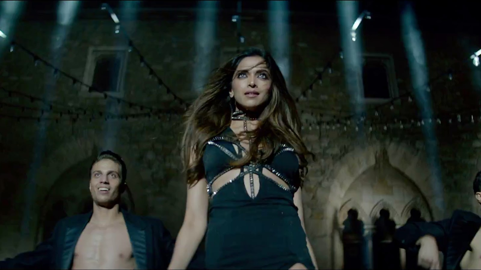 Download Bollywood Actress Hd Wallpapers 1080p Free: Deepika Padukone Wallpapers HD Download Free 1080p