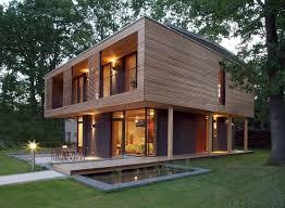 https://www.kurniafurniture.com/daftar-harga-  kursi-kayu-ruang-tamu-minimalis/