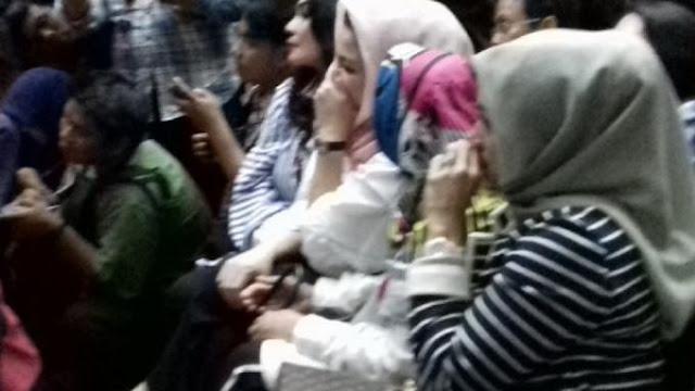 Istri Tercinta Setya Novanto Mewek-mewek Saat Jaksa Tuntut Suaminya 16 Tahun Penjara