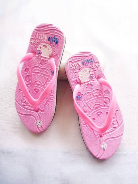 Pabrik sandal jepit spon Hellokity Pres Anak