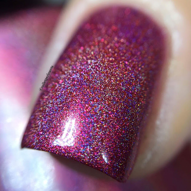 girly bits cram-bury the hatchet swatch november 2017 cotm colour of the month swatch and review