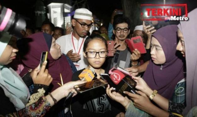 Woo Nina Grace, Remaja Diislamkan Dr Zakir Naik