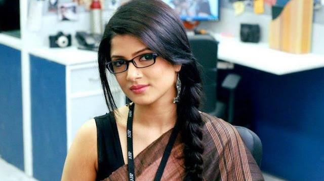 Srabanti Chatterjee hot photo
