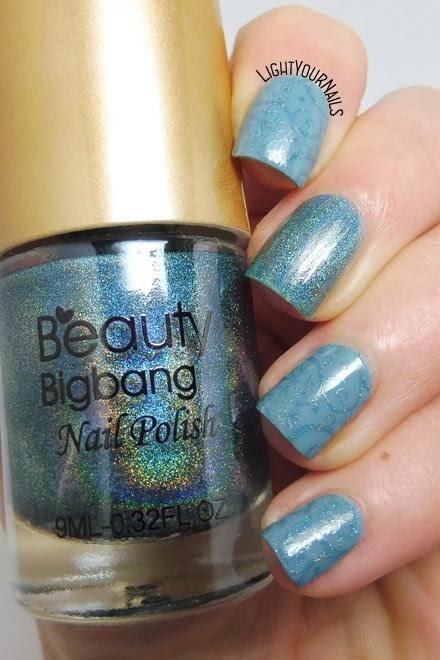 Subtle winter holo stamping nail art feat. BeautyBigBang BBBXL-030 plate and holo stamping polish Seagreen 03 #nailart #beautybigbang #nails #lightyournails #unghie #stamping