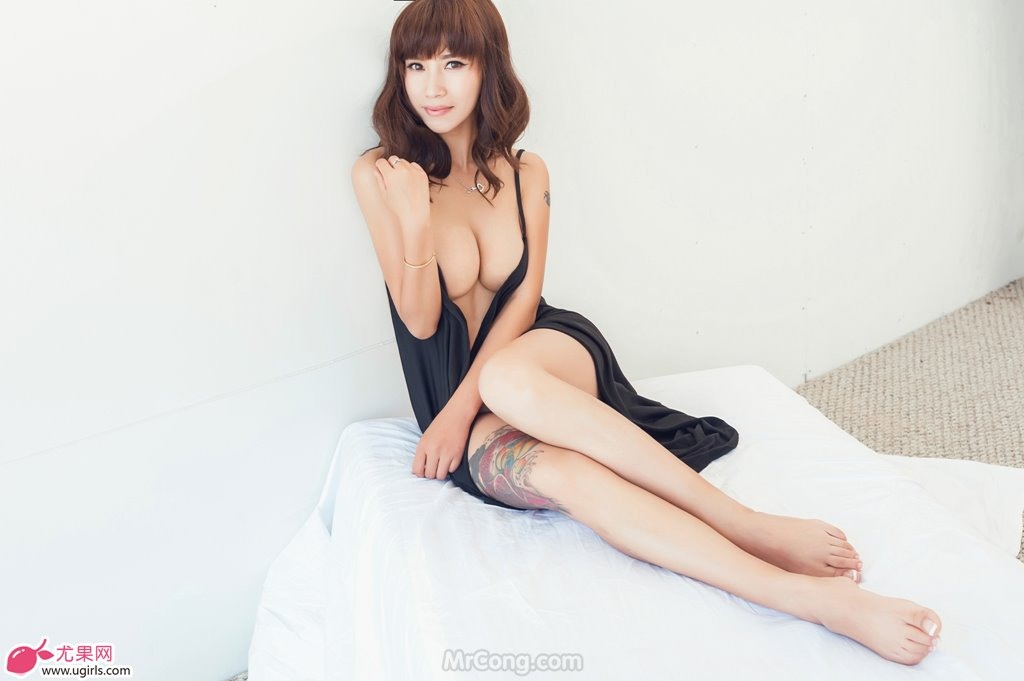 Image MrCong.com-UGIRLS-020-Tian-Yi-Yi-001 in post Người đẹp Tian Yi Yi (田依依) khoe ngực trần sexy trong bộ ảnh UGIRLS 020