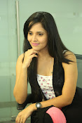 Anasuya latest sizzling photo shoot-thumbnail-6