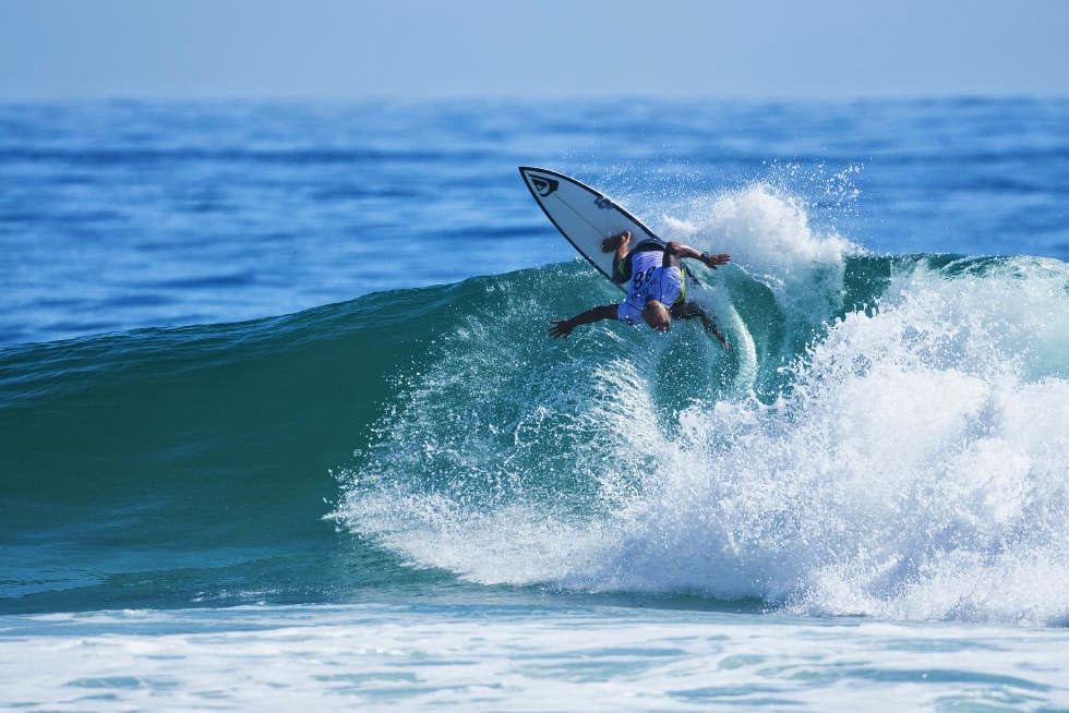 34 Quiksilver Pro Gold Coast 2015 Fred Patacchia Foto WSL Kelly Cestari