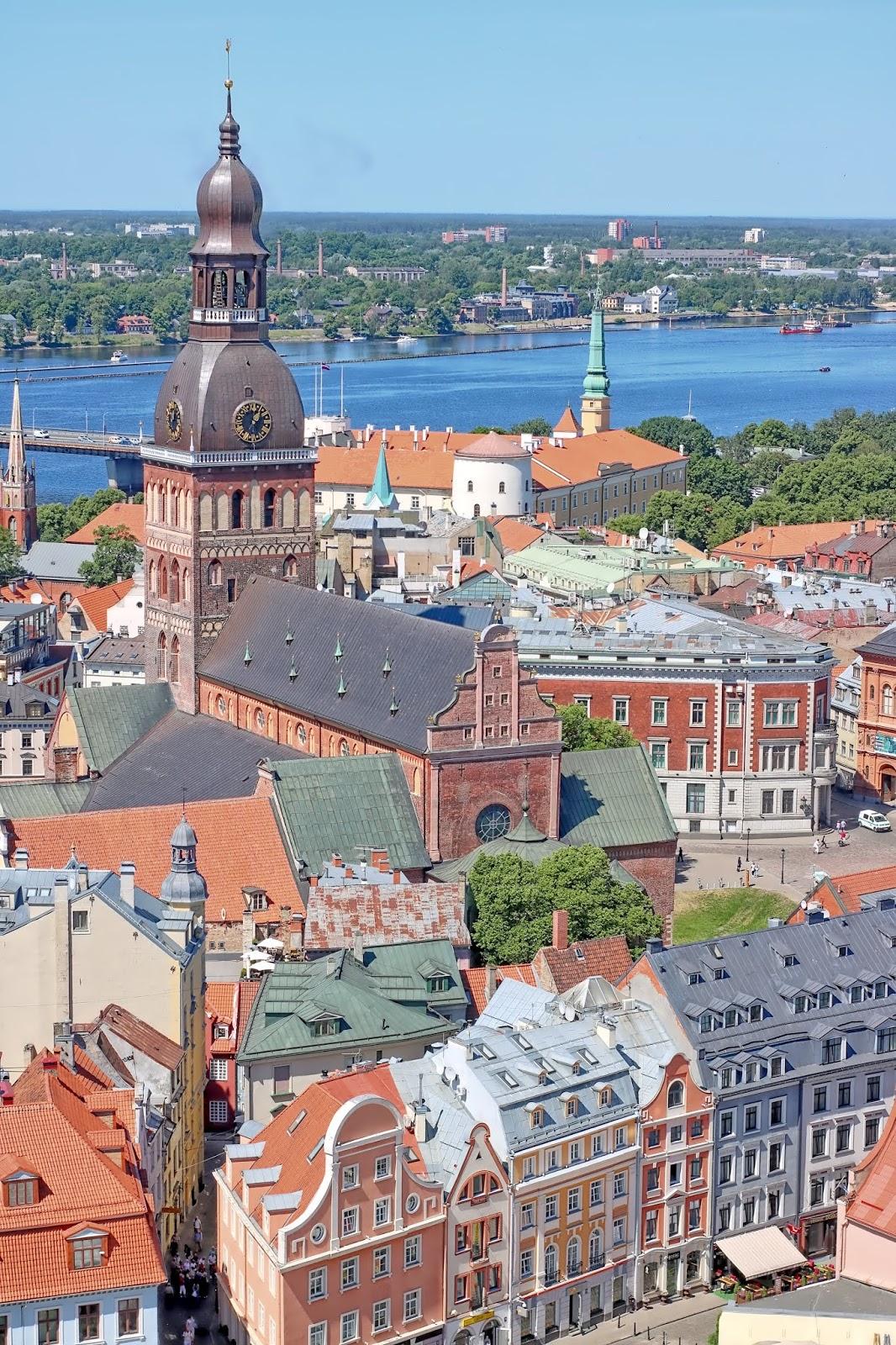 widok z kościoła św piotra ryga