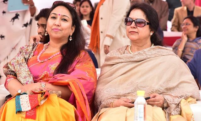 Mridula Pradhan with Manju Singh