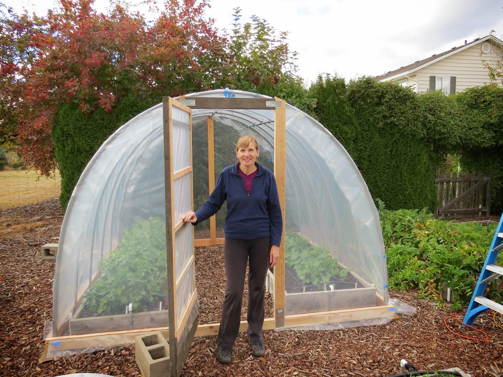 Hoop house project susan 39 s in the garden for Diy hoop greenhouse