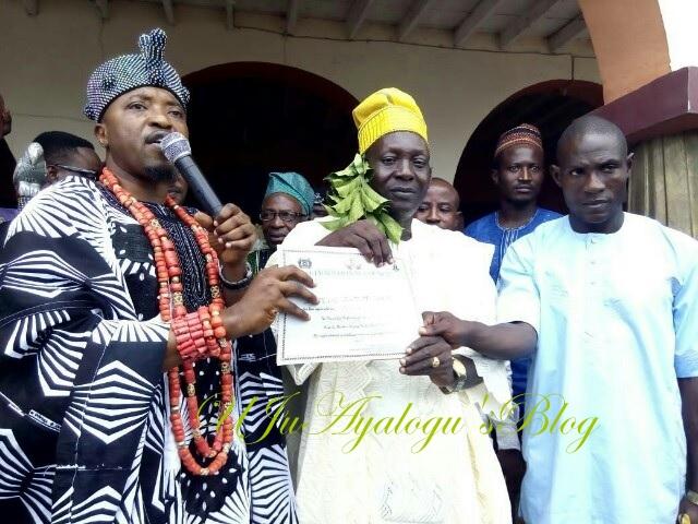 Oluwo replaces deposed Ogundokun, installs Okanlawon as the new Otun Balogun of Iwoland