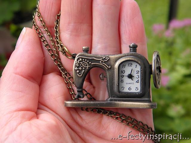 e-fectyinspiracji, wisior z zegarkiem, wisior z maszyna do szycia, prezent  dla pasjonatki szycia