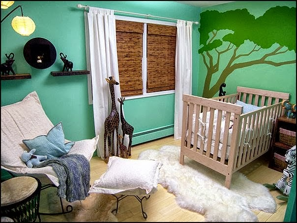 cuarto de bebé con mucho color
