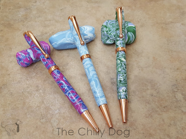 Sculpey Clay Tutorial: Learn how to use a marbled, polymer clay cane to make a beautiful twist pen.
