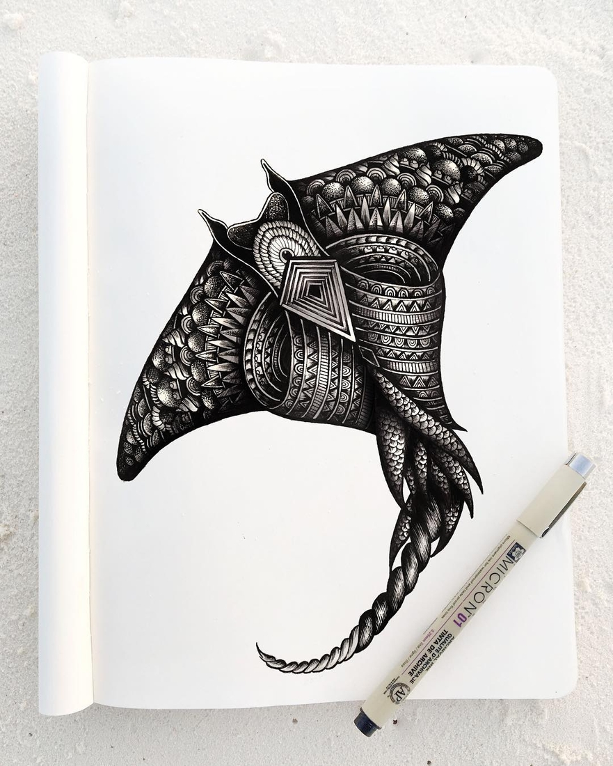 06-Manta-Faye-Halliday-Animal-Drawings-and-Mandalas-www-designstack-co